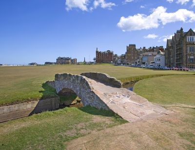 <strong>The Old Course, St Andrews, Scotland</strong>