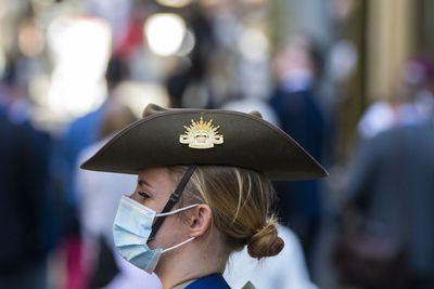Servicewoman wears mask