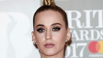 Katy Perry denies plastic surgery rumours