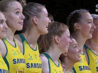 WATCH: Aussie Diamonds in hilarious anthem fail