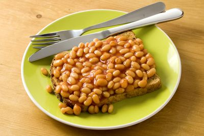 3-4 hours before: Baked beans on toast