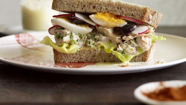 Thomas Keller: Tuna Niçoise tartine