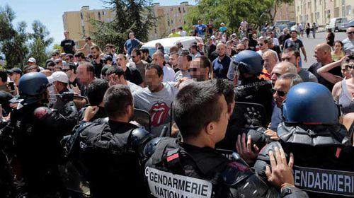 Beach clashes leads to third French burqini ban