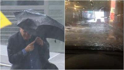 Flash-flooding hits Melbourne as severe storm arrives