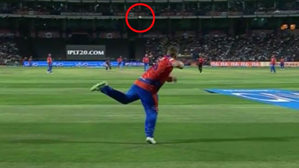 Australian cricketer Aaron Finch's amazing run out for Gujarat Lions in IPL