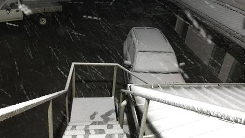 The snow started falling in the early hours of yesterday morning. (Great Lake Hotel)