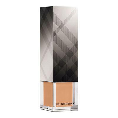"<a href=""https://www.sephora.com.au/products/burberry-fresh-glow-luminous-fluid-foundation-62a0bfe6-3b7d-4109-8881-24c0c30e20c6/v/26-beige"" target=""_blank"">Burberry Fresh Glow Luminous Fluid Foundation in Beige, $86</a>"
