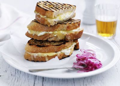 "Recipe:&nbsp;<a href=""http://kitchen.nine.com.au/2016/05/17/13/16/grilled-cheese-sandwich-with-pickled-spanish-onion"" target=""_top"" draggable=""false"">Grilled cheese sandwich with pickled Spanish onion<br /> </a>"