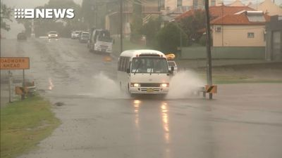 Students sent home in NSW following heavy rain