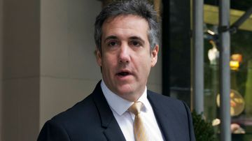 Ex Trump lawyer Michael Cohen 'surrenders to FBI'