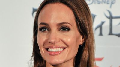 <p>Angelina Jolie's arched and shaped eyebrows rated highly. </p><p></p>