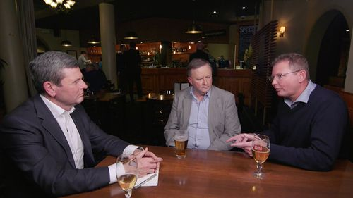 Chris Uhlmann joined Anthony Albanese and Craig Laundy for a beer.
