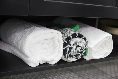 """""""We have four types of towels on that bath, and it takes away from the beauty,"""" said Shaynna."""