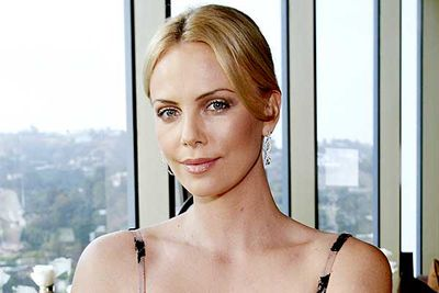 "Charlize Theron: Oscar-winner, total hottie, and... serial killer? The actress has teamed up with legendary director David Fincher (<I>Fight Club</I>, <I>The Curious Case of Benjamin Button</I>) to produce <I><B>Mindhunter</B></I>, <a href=""http://www.buzzsugar.com/Charlize-Theron-David-Fincher-Producing-Mind-Hunter-Serial-Killer-Drama-Series-HBO-7204291"" target=""new"">a <I>Dexter</I>-esque series about a serial killer profiler</a>. There's rumours Theron will also star in the project &#151; fingers crossed."