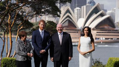 Meghan steals the show among iconic landscape