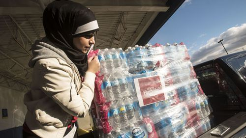 US Muslims donate 30,000 bottles of water as Flint water crisis deepens
