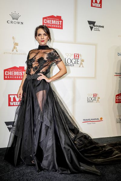 <p>Michaela Banas in Greta Kate</p>