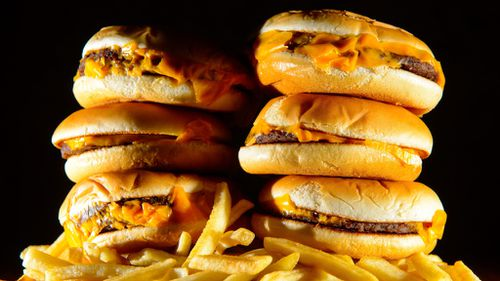 One cheeseburger could alter metabolism, scientists say