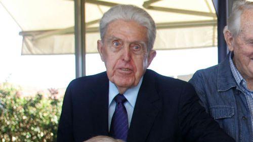 Former Whitlam minister Kep Enderby dies