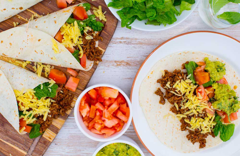 Tex Mex beef burritos with guacamole_recipe