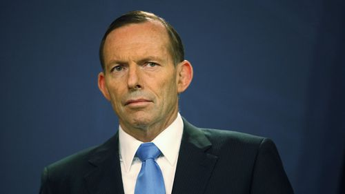 PM Tony Abbott under pressure from Labor to reset agenda