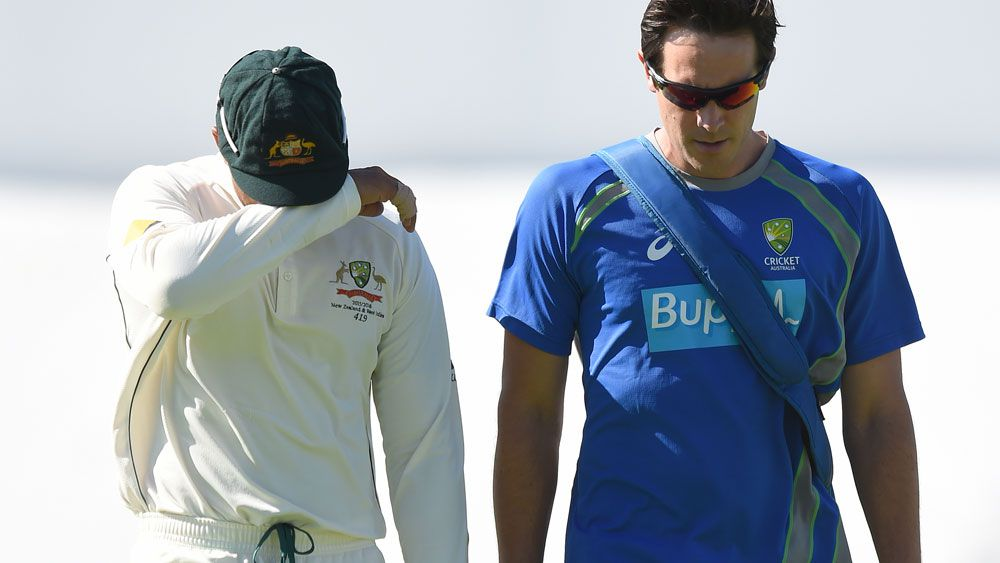 Usman Khawaja leaves the field in Perth. (AAP)