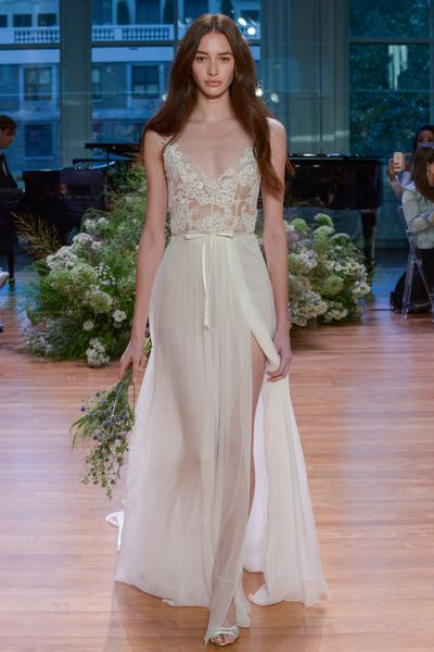 Monique Lhiullier Bridal, Spring 2017, New York Bridal Fashion Week