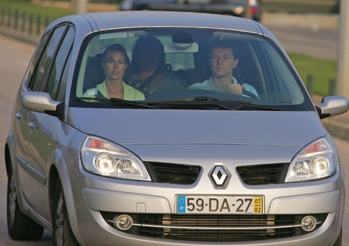 Kate and Gerry McCann arrive at Faro airport by car to board an Easyjet plane back to England on September 9, 2007 in Faro, Portugual.