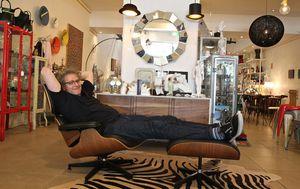 Online retailer Kogan buys furniture trader Matt Blatt