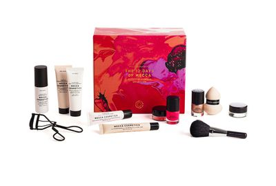 """<a href=""""http://mecca.com.au/mecca-cosmetica/the-12-days-of-mecca/I-022719.html?cgpath=gifts-giftguide-spoilyourself#start=1"""" target=""""_blank"""">The 12 Days of Mecca, $110, Mecca Cosmetica</a>"""