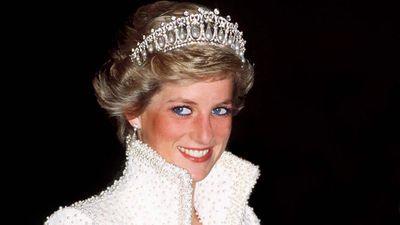 Princess Diana wears her favourite tiara, 1989