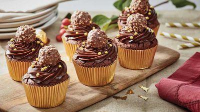 "<a href=""http://kitchen.nine.com.au/2016/12/15/12/55/rocher-christmas-cupcake"" target=""_top"">Rocher Christmas choc hazelnut cupcakes</a>"