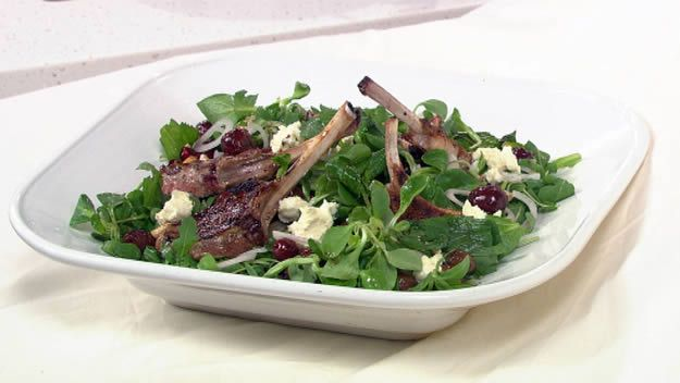 Spiced lamb salad with dressing