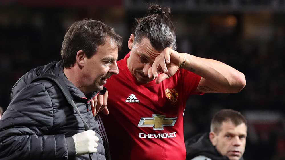 Zlatan Ibrahimovic may not play again this season after being injured in the Europa League. (AAP)