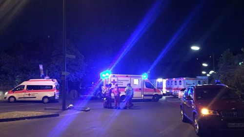 Emergency services at the scene. (Image: Radio Primaton)