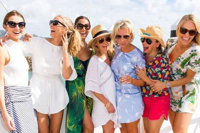 @modelco_cosmetics: Girl Crew. Cruising the Whitsundays in style with these beautiful women! #LuxuryBoatCruise #ModelCo #OOHaymanIsland