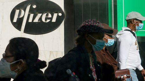 Britain grants Pfizer coronavirus vaccine emergency authorization