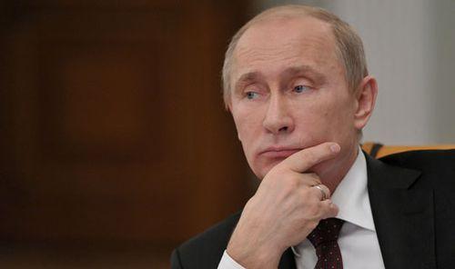 Trump says Clinton too tough on Putin