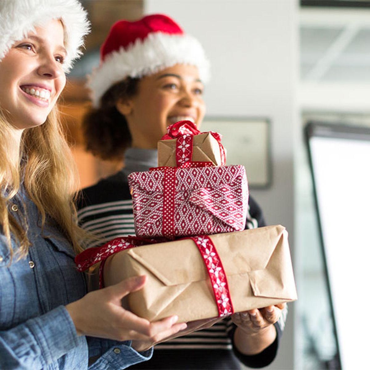 Ten Kris Kringle gifts your colleagues