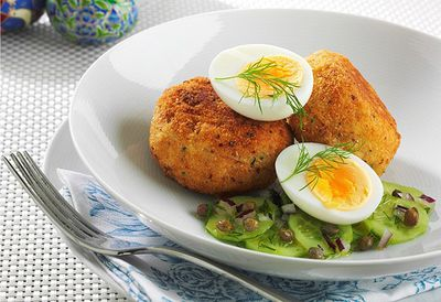 """Recipe: <a href="""" http://kitchen.nine.com.au/2016/05/05/14/38/smoked-trout-patties-with-soft-boiled-egg-and-cucumber-dill-and-caper-salad"""" target=""""_top"""">Smoked trout patties with soft boiled egg and cucumber, dill and caper salad</a>"""
