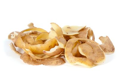 <strong>Potato peels</strong>