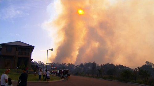 Thick smoke is blanketing Sydney's south-west. (9NEWS)