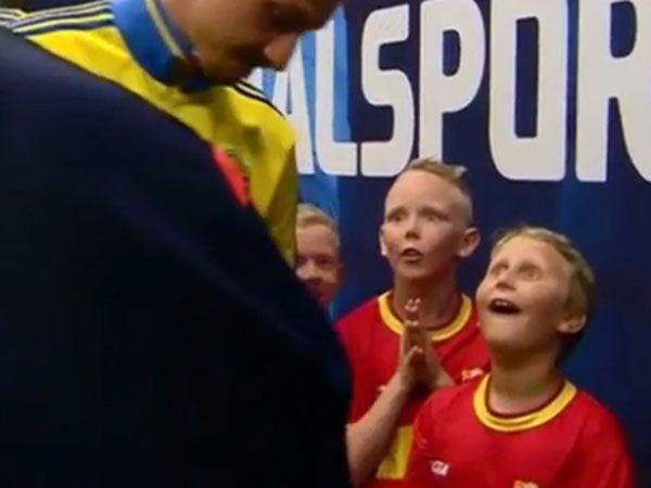 Star struck mascot's hilarious advice to Zlatan