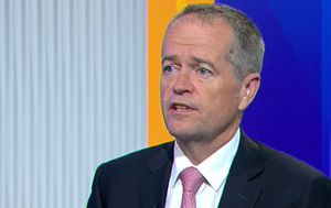 Bill Shorten hits back at claims Labor's tax plan will leave pensioners out-of-pocket