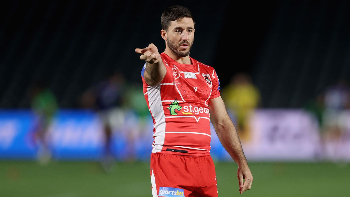 Dragons halfback Ben Hunt out for a month with fractured arm