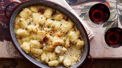 """Recipe:<a href=""""/2016/05/16/16/05/potato-gnocchi-with-blue-cheese-sauce"""" target=""""_top"""">Potato gnocchi with blue cheese sauce</a>"""