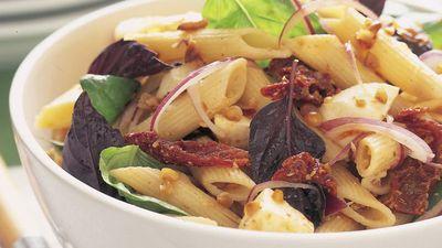 "<a href=""http://kitchen.nine.com.au/2016/05/17/22/13/pasta-salad-with-garlic-vinaigrette"" target=""_top"">Pasta salad with garlic vinaigrette<br /> </a>"