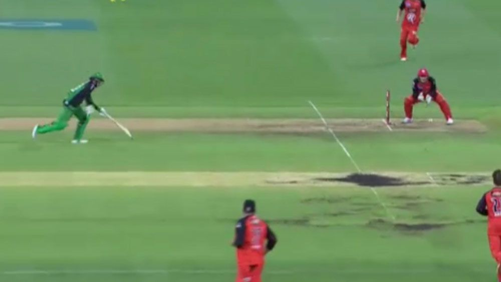 Three runs and one broken bat make for nightmare Big Bash over