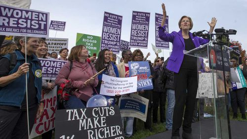Senator Elizabeth Warren speaks at a rally outside Congress. (AAP)