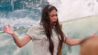 The Beauties and Geeks host a seal show at Taronga Zoo in their first challenge